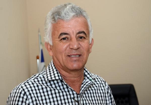 Ex-prefeito Paulo Cezar se filia ao DEM para disputar Prefeitura de Alagoinhas