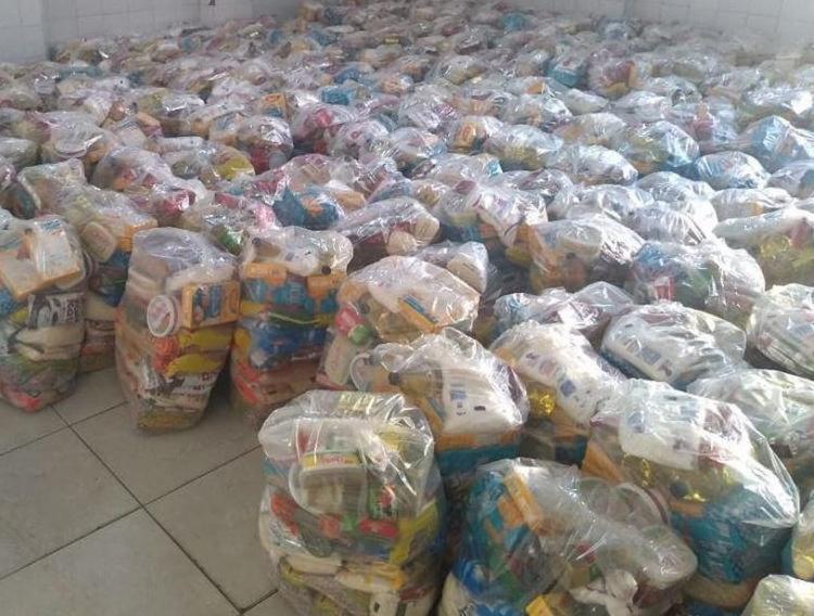 Cruz das Almas é beneficiado com quase quatro toneladas de alimentos