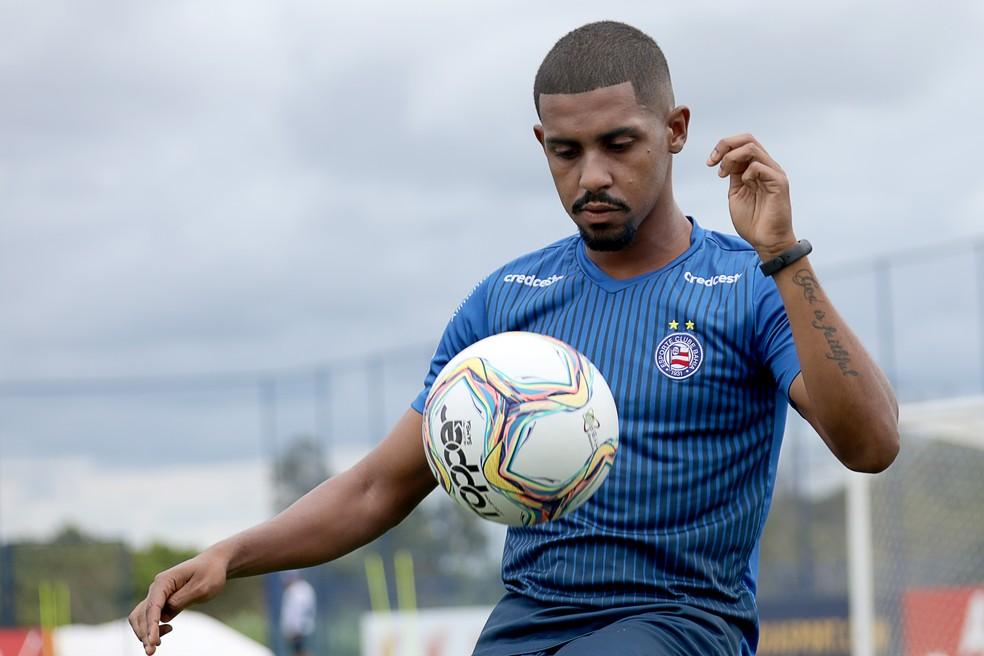 Promovido ao elenco principal do Bahia, Ramon lamenta o fim do time de transição