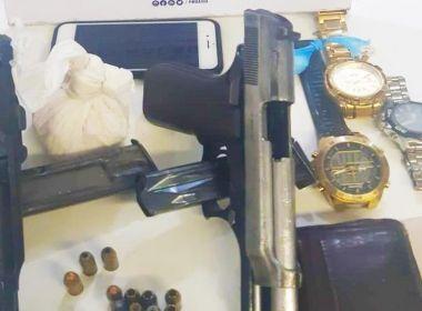 Polícia prende três suspeitos de homicídios durante operação na Boca do Rio, em Salvador