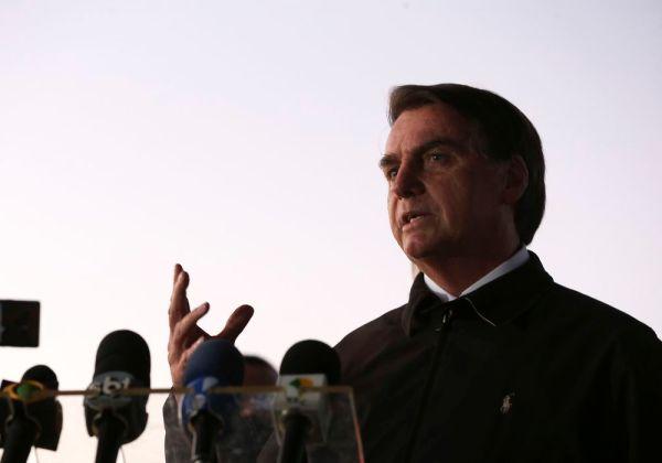 Bolsonaro diz estar infectado com coronavírus