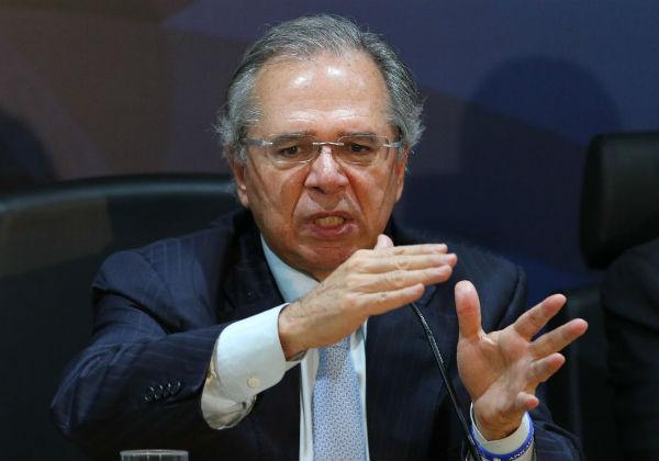 Ministério da Economia entrega proposta tributária que unifica PIS e Cofins