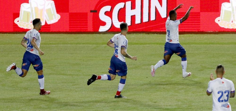 Bahia goleia o Náutico por 4 a 1 no retorno do Nordestão