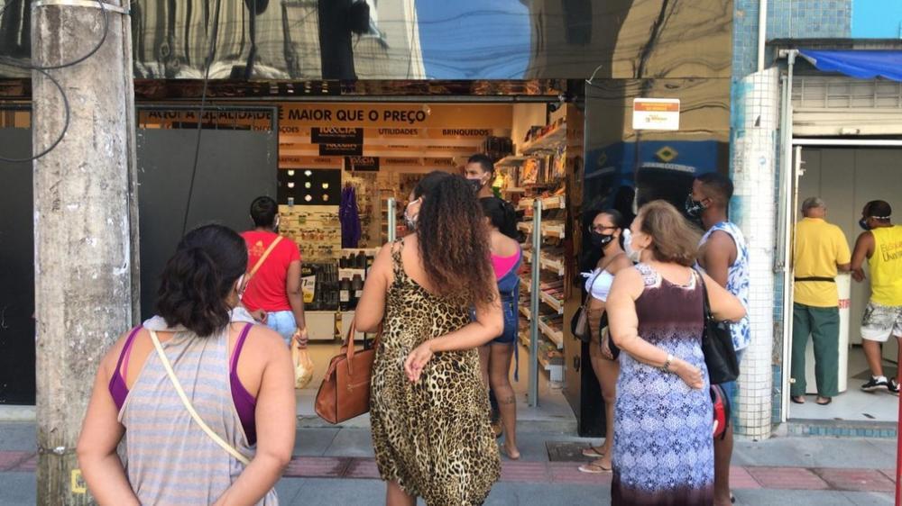 Reabertura do comércio de rua em Salvador tem movimento intenso; FOTOS